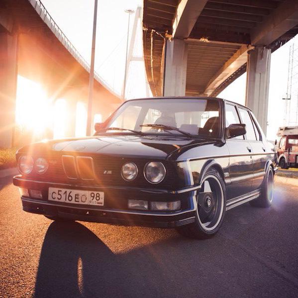 Запчасти BMW E28